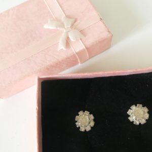 Accesorios de ballet: Pendientes Flor de Adagio Dancewear